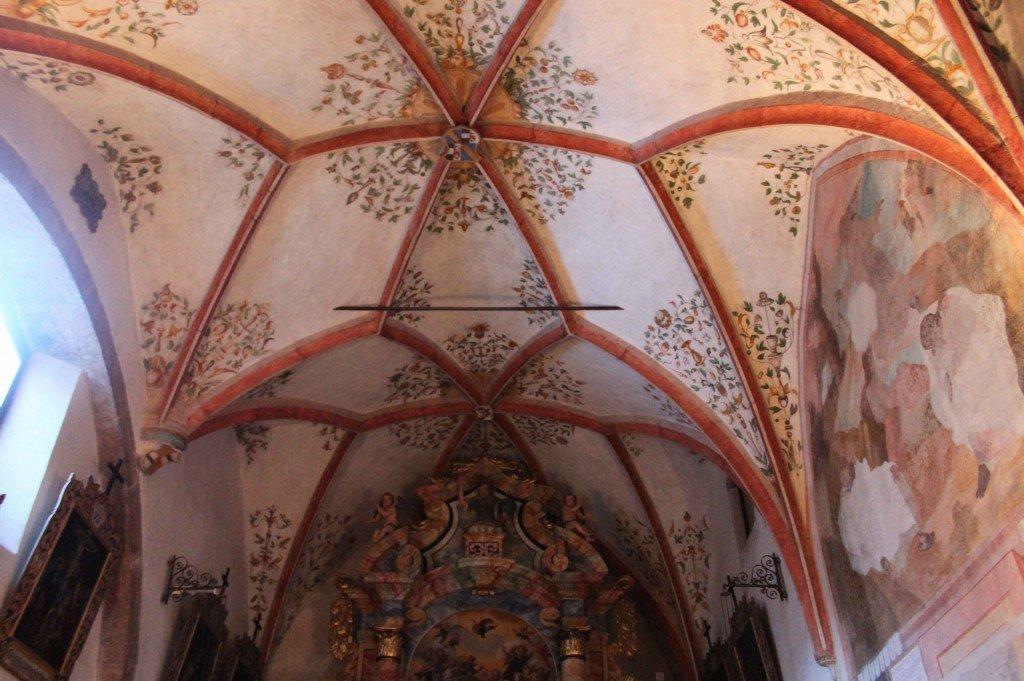 cappella dell'addolorata santuario di san romedio val di non tiamotrentino